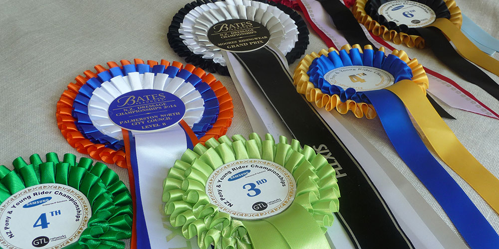 Ring Ribbons Rosettes
